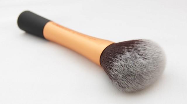 1-Powder-Brush-2-1024x570